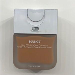 Beauty Blender Bounce Foundation (Shade 4.30)